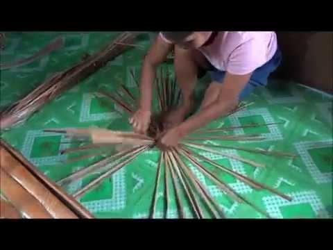 Imelda, filipino artisan making a hat in 3 minutes